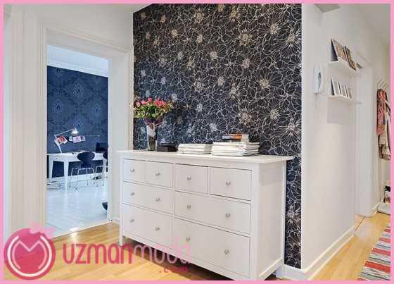 Icice-beyaz-cicek-yaprak-desenli-siyah-duvar-kagidi-modeli-550x393.jpg