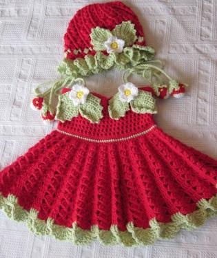 örgü kız bebek elbiseleri